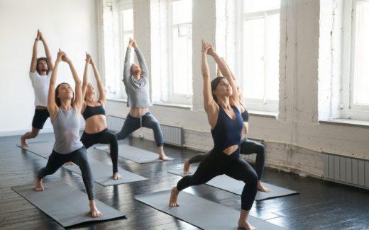 Funktionel træning for krop og sjæl med yoga